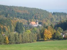 Augustiniánský klášter uVranova byl vysvěcen vroce 1047.